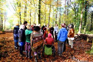 singing residential choir circle